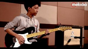AFTERNOON SESSION | G&L Legacy Tribute - Orange Rocker 15 - TCE pedals | Feat. Satria